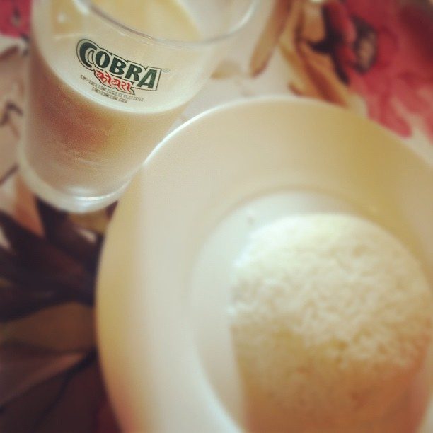 Mjölk i Cobraglas med ris...