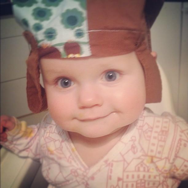Viola i tygpåse-hatt!