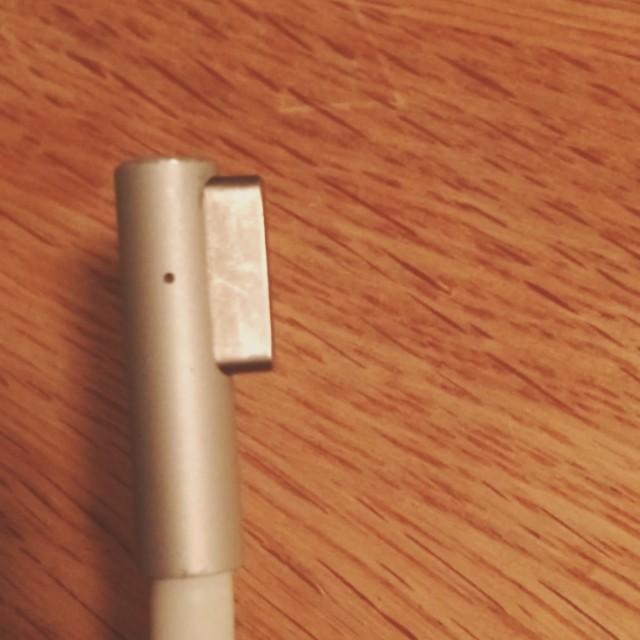Lösningen för dig med gammal #apple-laddare och ny dator. En konvertering! Spara cash o miljö!